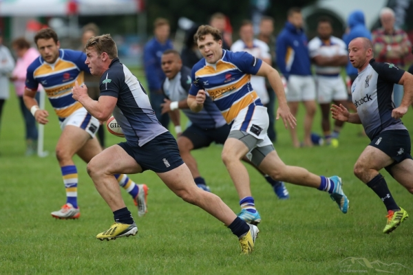 Navy Sharks Succumb to Apache Raiders in Strong Harpenden Showing