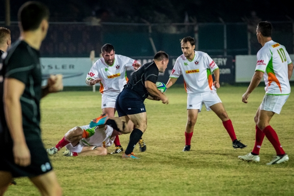 HMS OCEAN takes on Bahrain RFC during Operational Standoff